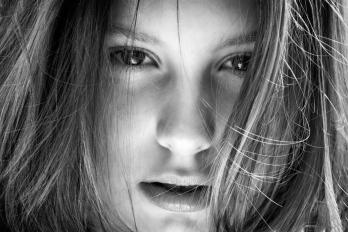 Domácí focení - Černobílá Anežka