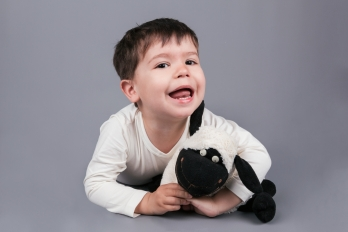 Portréty | Děti & Rodinky | Ateliér | Bratranci Tobík a Fanda