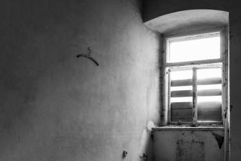 URBEX | Jánské Koupele | Osamělý věšák