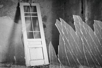 URBEX | Žáry | Opuštěné dveře